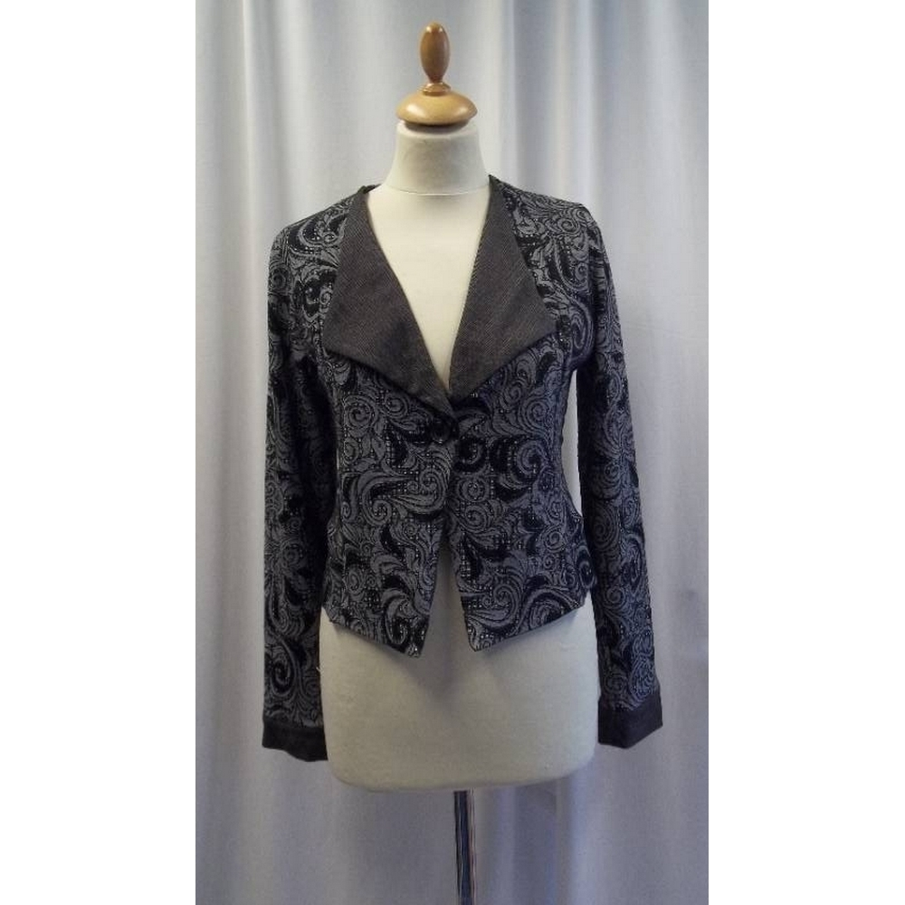 Preview of the first image of Out of Xile Fitted jacket Grey Size: S.
