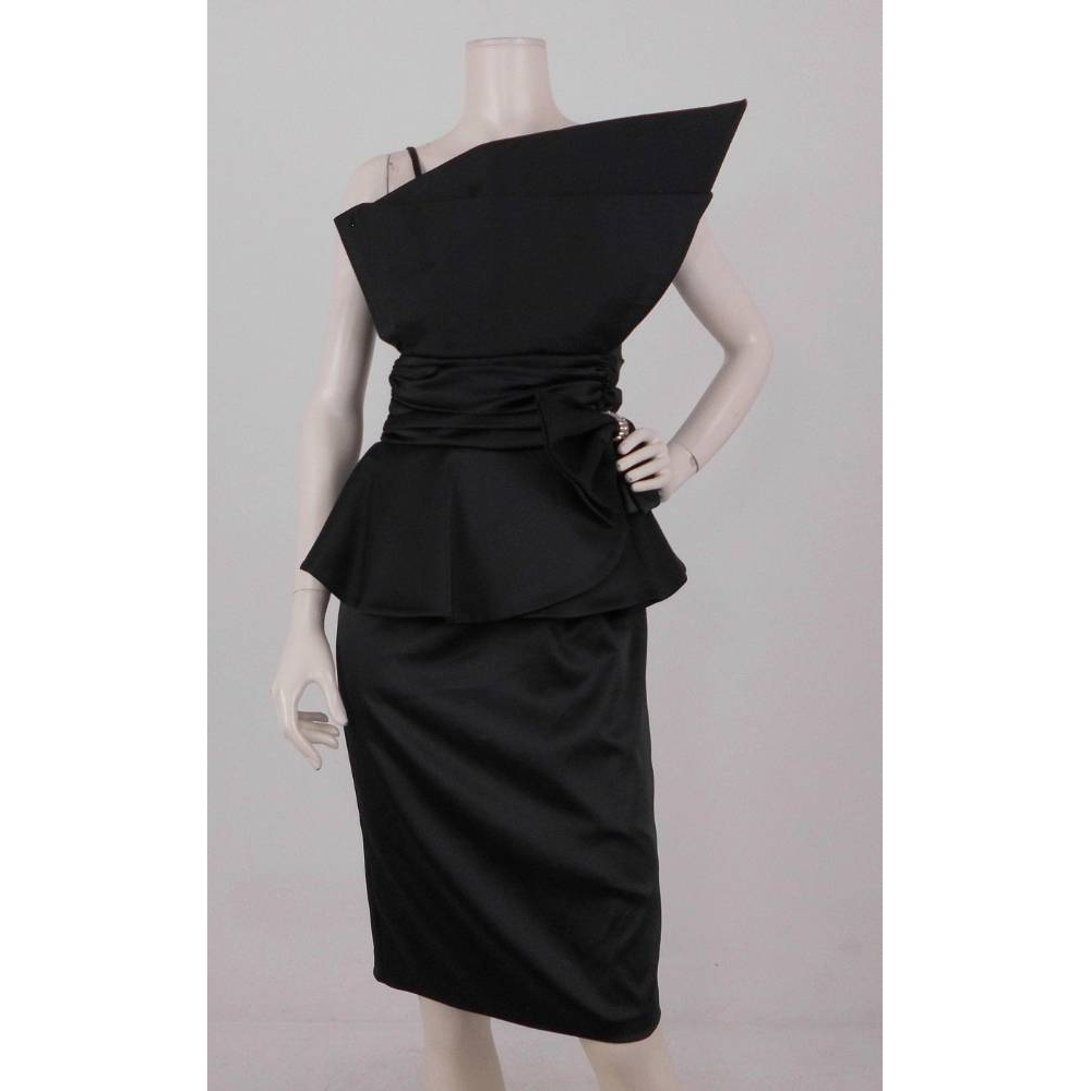 Preview of the first image of Pia Michi Satin Dress Black Size: 4.