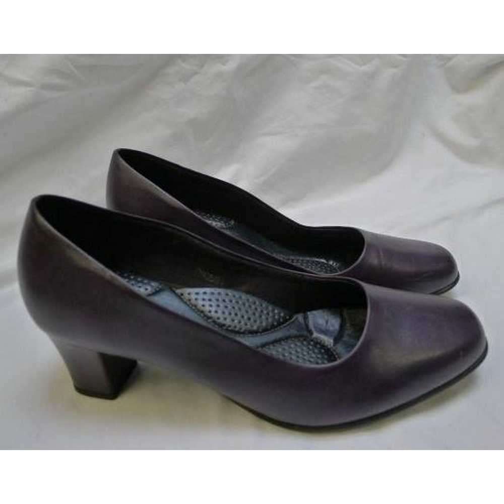 Preview of the first image of Pavers Comfort Fit Slip On Shoes Purple Size: 4.
