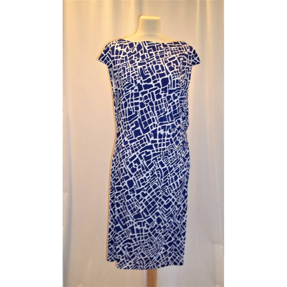 Preview of the first image of Ronnie Nicole Sleeveless dress Blue Size: 18.
